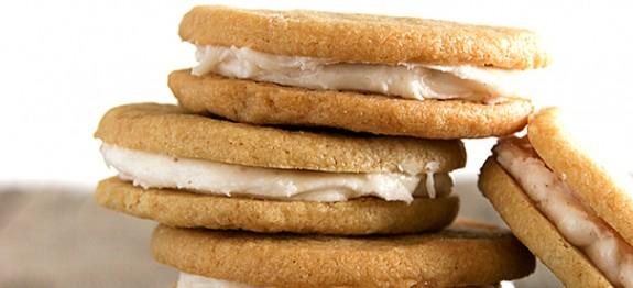 Caramel-Creme-Sandwich-Cookies